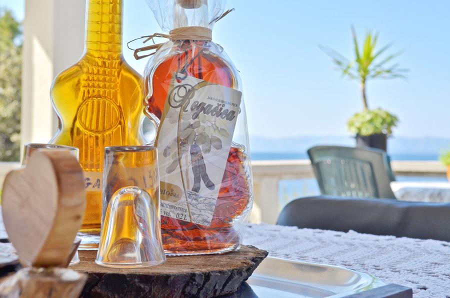 Korcula Borova Brandies