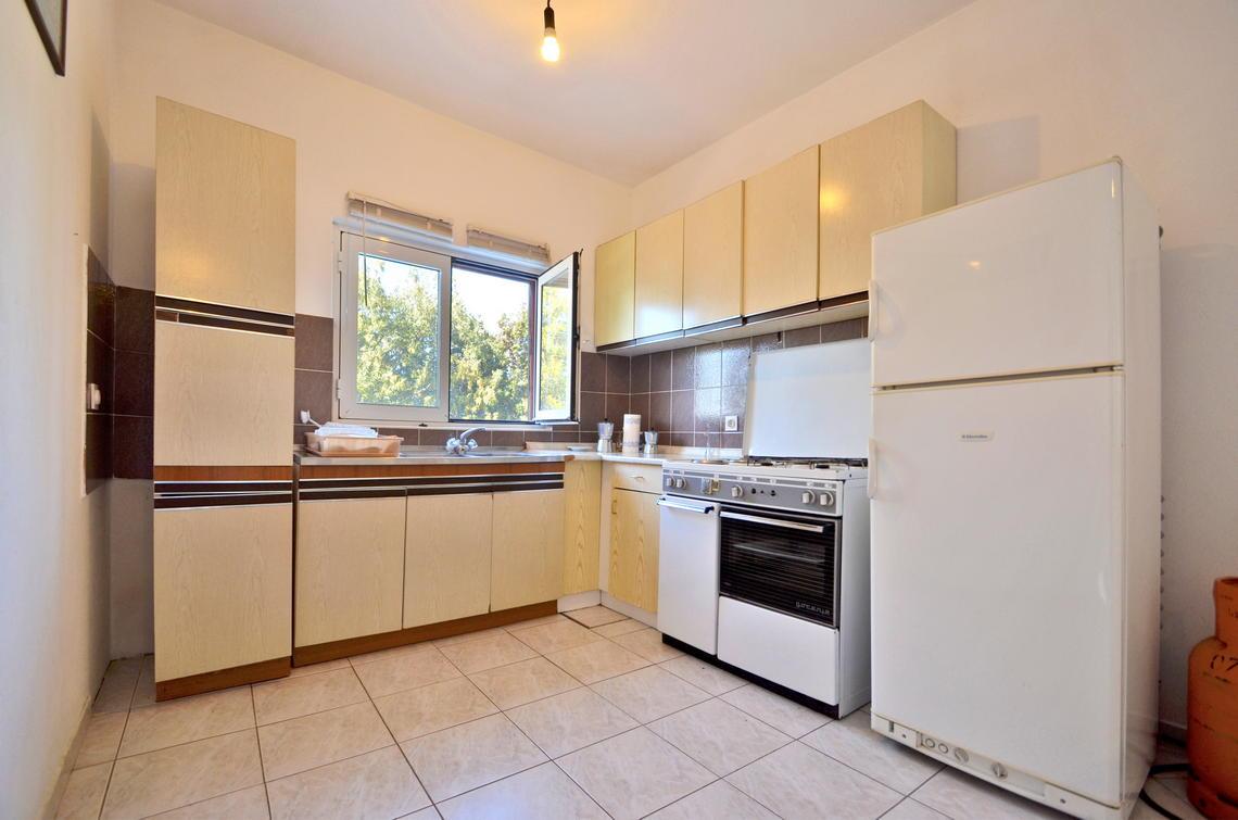 borova-middlefloor-kitchen-01